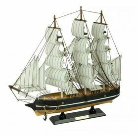 Nauticalia Wooden Model Ship - Cutty Sark - 33cm