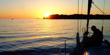 sailing-boat-491723_960_720